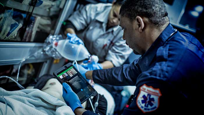 Ultrasound lumify in ambulance tablet