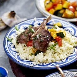 Lamb Chops with Garlic Sauce
